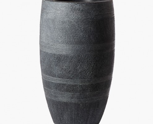 Zaragoza Planter in Black