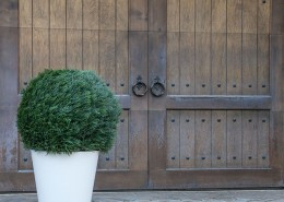 Manhattan Tapered Round Planter